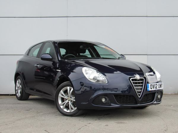 2012 (12) Alfa Romeo Giulietta 2.0 JTDM-2 140 Lusso - Bluetooth - £30 Tax - 1 Owner - Parksensors - Cruise 5 Door Hatchback