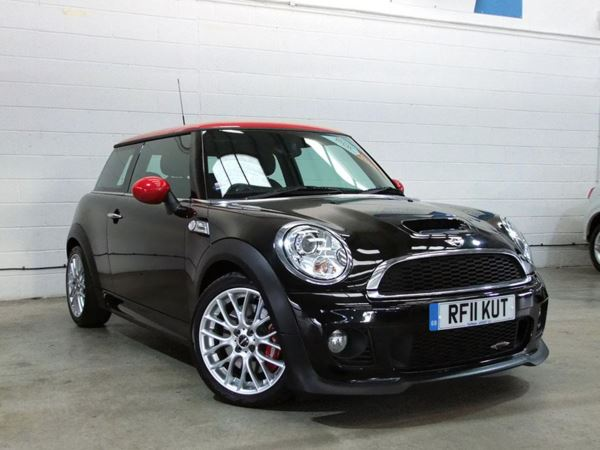 2011 (11) MINI HATCHBACK 1.6 John Cooper Works - £4200 Of Extras - Panroof - Leather - Bluetooth 3 Door Hatchback