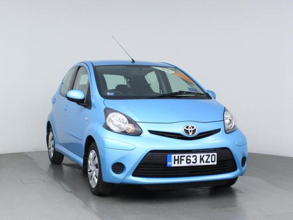 2013 (63) Toyota AYGO 1.0 VVT-i Move - Sat Nav - Bluetooth - £0 Tax 5 Door Hatchback