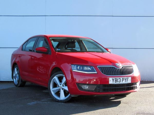 2013 (13) Skoda Octavia 2.0 TDI CR Elegance - Sat Nav - Leather - Bluetooth - £20 Tax - 1 Owner 5 Door Hatchback