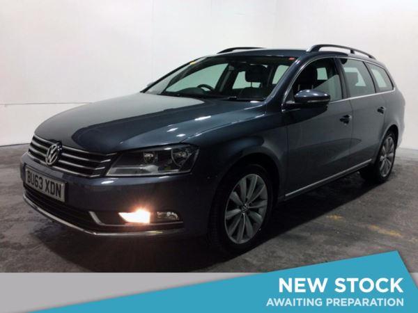 2013 (63) Volkswagen Passat 2.0 TDI Bluemotion Tech Highline DSG Auto - £3010 Of Extras - Sat Nav 5 Door Estate