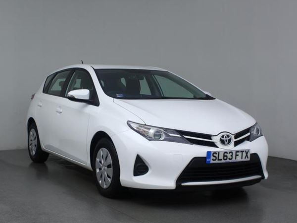 2013 (63) Toyota Auris 1.4 D-4D Active 5dr 5 Door Hatchback