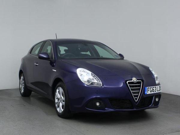 2013 (63) Alfa Romeo Giulietta 1.6 JTDM-2 Lusso 5dr 5 Door Hatchback