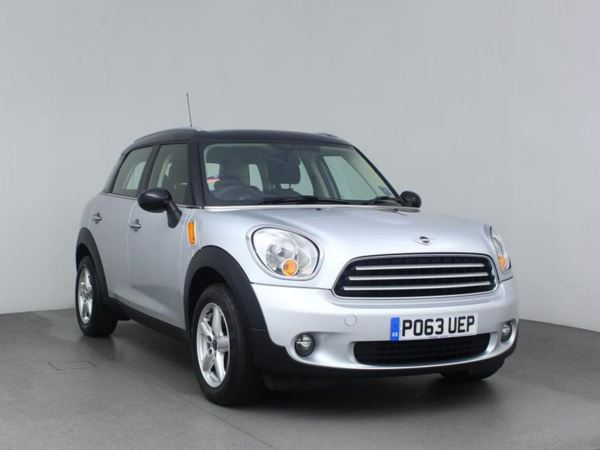 2013 (63) MINI HATCHBACK 1.6 Cooper D 3dr 3 Door Hatchback