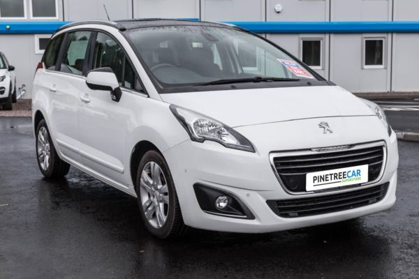 (2014) Peugeot 5008 1.6 e-HDi FAP Active EGC 5dr Auto PANORAMIC ROOF -DEALER HISTORY