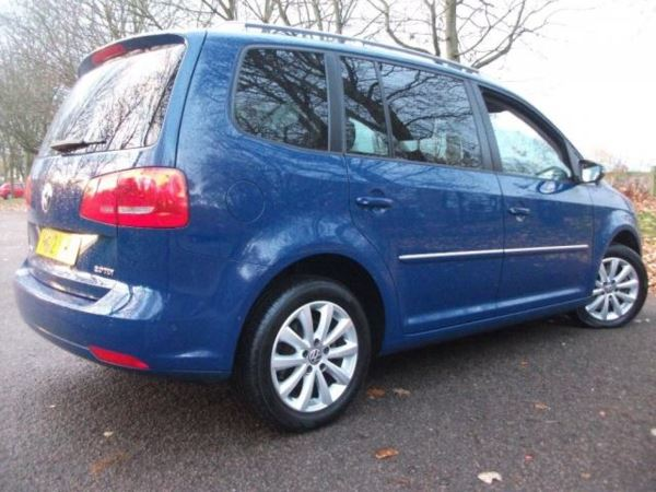 2012 (12) Volkswagen Touran 2.0 TDI Sport DSG 5dr (7 Seats) Semi Auto For Sale In Leicester, Leicestershire