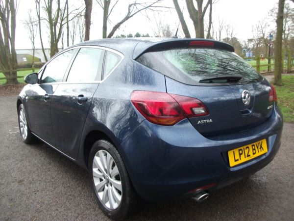 2012 (12) Vauxhall Astra 2.0 CDTi 16V SE [165] 5dr Auto 3 MONTHS WARRANTY IMMACULATE CONDITION For Sale In Leicester, Leicestershire