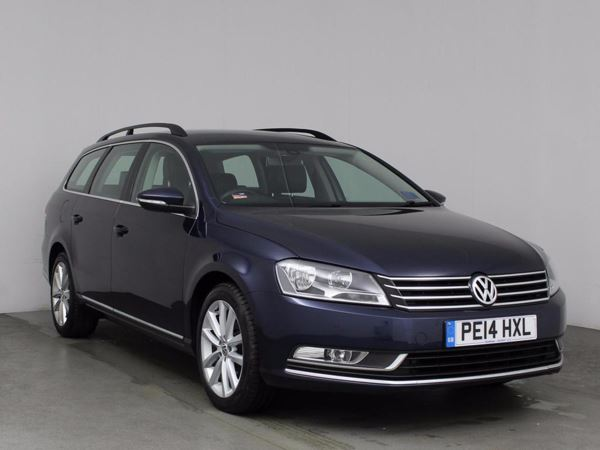 (2014) Volkswagen Passat 2.0 TDI Bluemotion Tech Executive 5dr £810 Of Extras - Satellite Navigation - Luxurious Leather - Bluetooth Connectivity