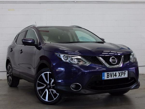 (2014) Nissan Qashqai 1.5 dCi Tekna 5dr - SUV 5 SEATS Panoramic Roof - Satellite Navigation - Bluetooth Connection - Zero Tax