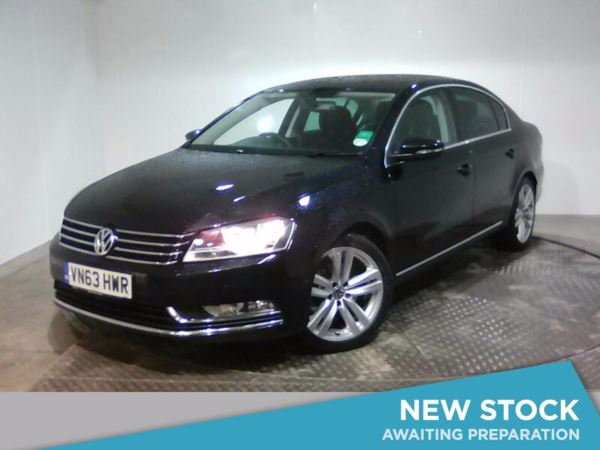 (2013) Volkswagen Passat 2.0 TDI Bluemotion Tech Highline 4dr £2205 Of Extras - Satellite Navigation - Bluetooth Connection - £30 Tax