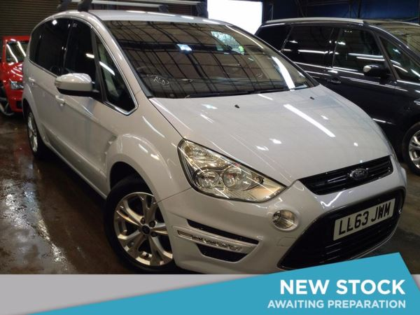 (2013) Ford S-MAX 2.0 TDCi 140 Titanium 5dr - MPV 7 SEATS Bluetooth Connection - Parking Sensors - DAB Radio - Aux MP3 Input