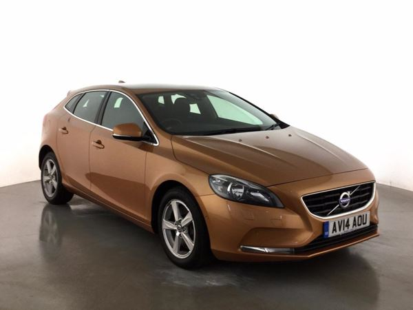 (2014) Volvo V40 D3 SE 5dr £2125 Of Extras - Bluetooth Connection - £30 Tax - DAB Radio - Aux MP3 Input
