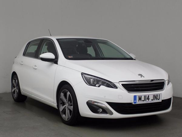 (2014) Peugeot 308 1.6 HDi 115 Allure 5dr Satellite Navigation - Bluetooth Connection - Zero Tax - Parking Sensors