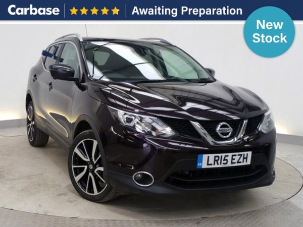(2015) Nissan Qashqai 1.6 dCi Tekna 5dr 4WD - SUV 5 Seats Panoramic Roof - Luxurious Leather - Bluetooth Connection - DAB Radio