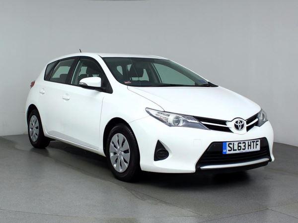 (2013) Toyota Auris 1.4 D-4D Active 5dr Zero Tax - Aux MP3 Input - USB Connection - Air Conditioning - 1 Owner