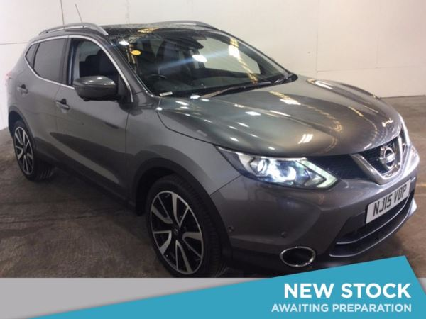 (2015) Nissan Qashqai 1.5 dCi Tekna 5dr - SUV 5 SEATS Satellite Navigation - Luxurious Leather - Bluetooth Connection - Zero Tax