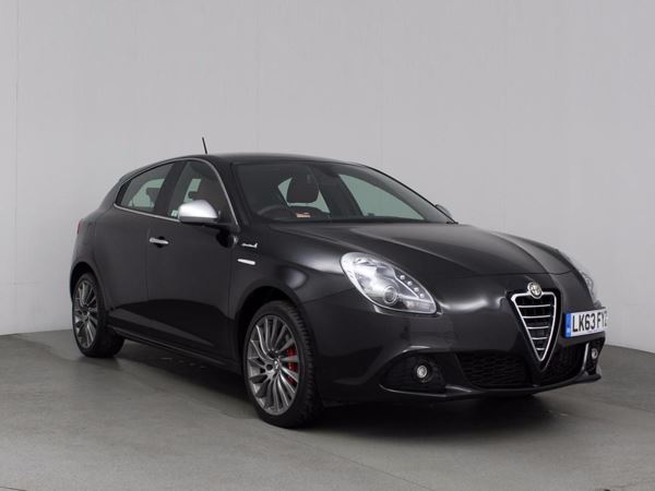 (2013) Alfa Romeo Giulietta 1.4 TB MultiAir Sportiva 5dr Luxurious Leather - Bluetooth Connection - Parking Sensors - Aux MP3 Input