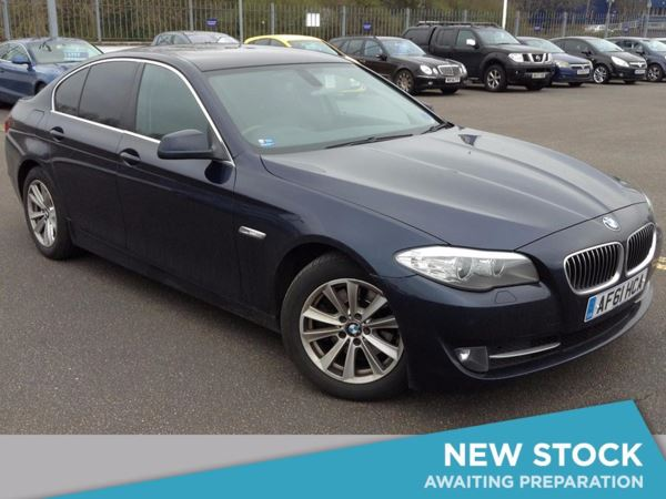 (2011) BMW 5 Series 520d SE 4dr Step Auto £4505 Of Extras - Satellite Navigation - Luxurious Leather - Bluetooth Connectivity