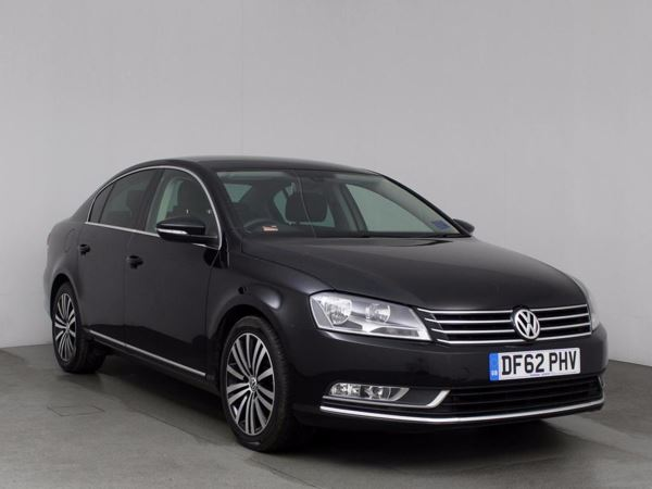(2013) Volkswagen Passat 2.0 TDI Bluemotion Tech Sport 4dr Satellite Navigation - Bluetooth Connection - £30 Tax - DAB Radio - Rain Sensing