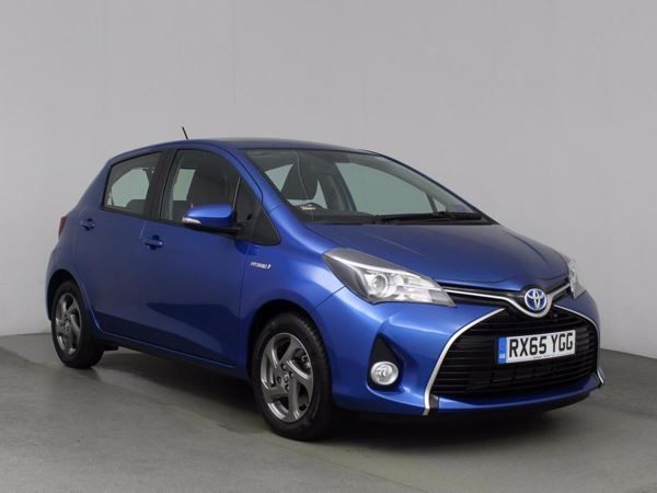 (2015) Toyota Yaris 1.5 Hybrid Icon 5dr CVT Plug In Hybrid Bluetooth Connection - Zero Tax - Climate Control - Air Conditioning