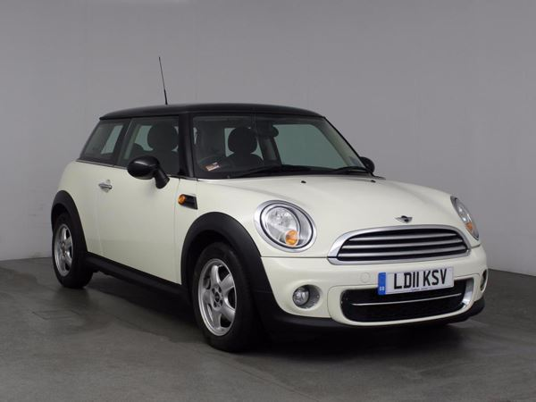 (2011) MINI HATCHBACK 1.6 Cooper D 3dr £970 Of Extras - Bluetooth Connection - Zero Tax - DAB Radio - Aux MP3 Input