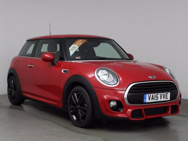 (2015) MINI HATCHBACK 1.2 One 3dr £5135 Of Extras - Bluetooth Connection - £20 Tax - DAB Radio - Aux MP3 Input