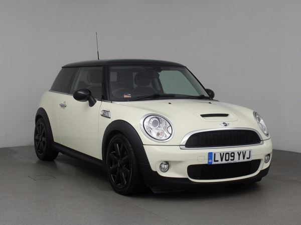 (2009) MINI HATCHBACK 1.6 Cooper S 3dr £3990 Of Extras - Aux MP3 Input - Rain Sensor - 6 Speed - Air Conditioning