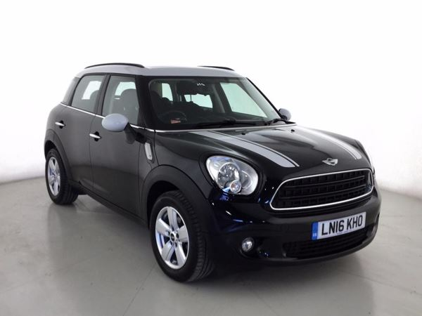 (2016) MINI Countryman 1.6 Cooper D 5dr £3170 Of Extras - Panoramic Roof - Satellite Navigation - Bluetooth Connection