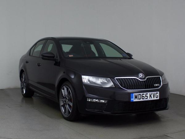(2016) Skoda Octavia 2.0 TDI CR vRS 5dr DSG Auto £2040 Of Extras - Satellite Navigation - Luxurious Leather - Bluetooth Connectivity