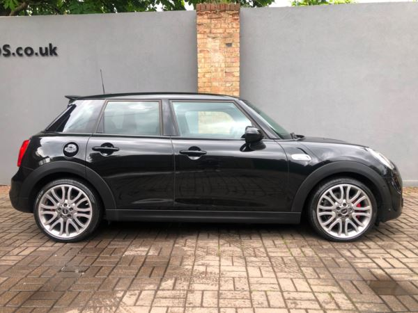 2015 (65) MINI HATCHBACK 2.0 Cooper S 5dr Auto For Sale In 7 Days a Week, From 9am to 7pm