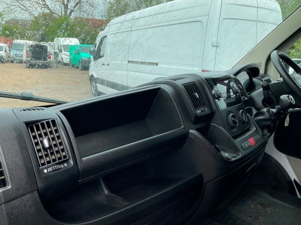 2018 (68) Citroen RELAY 35 L3 BLUEHDI D/Cab Tipper For Sale In Leicester, Leicestershire