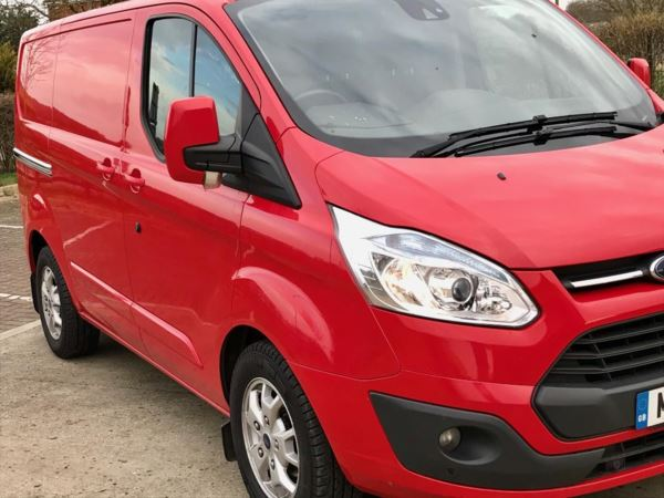 2014 (14) Ford Transit Custom 2.2 TDCi 125ps Low Roof Limited Van WITH FULLY KITTED OUT WORKSHOP ,SAT NAV For Sale In Lincoln, Lincolnshire