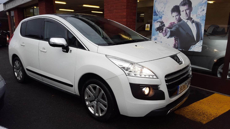 2012 (12) Peugeot 3008 2.0 e-HDi Hybrid4 EGC [104g/km] Auto 4x4 For Sale In Swansea, Glamorgan