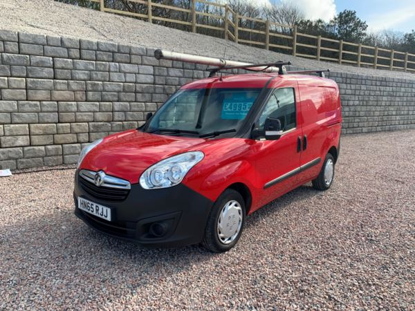 2015 (65) Vauxhall Combo 2015 (65) 1.6 CDTI 16V 105ps 6 speed H1 Van with air con 2015 (65) in red For Sale In Redruth, Cornwall