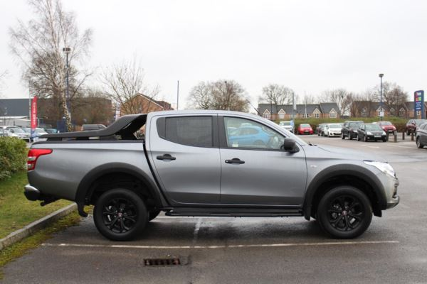 Fullback 2.4 180hp Cross Double Cab Pick Up