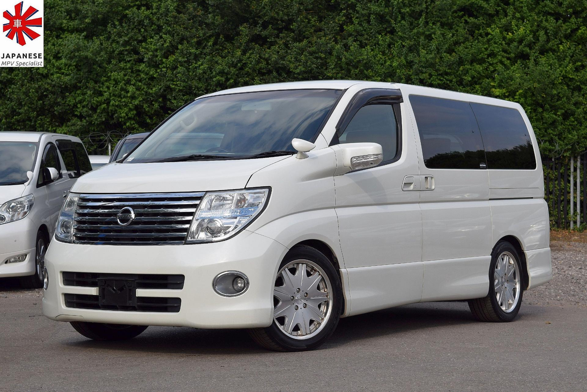 Used Nissan Elgrand Highway Star 3 5 V6 Automatic 8 Seater