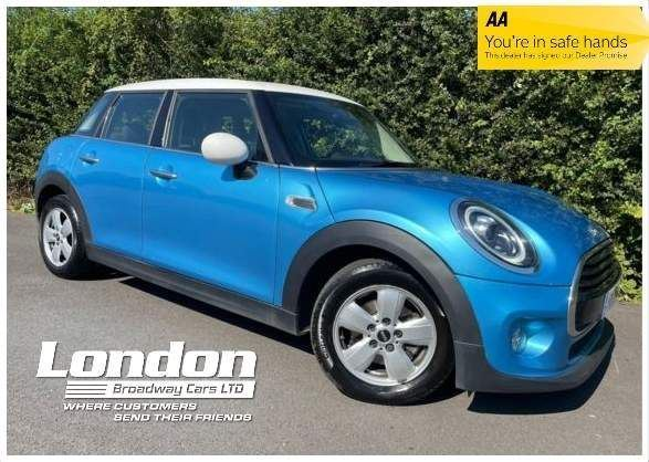2018 (18) MINI Hatch 1.5 Cooper Steptronic (s/s) 5dr For Sale In West Hendon, Greater London
