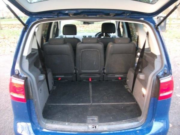 2012 (12) Volkswagen Touran 2.0 TDI Sport 5dr DSG+AUTOMATIC+TWO OWNERS FROM NEW For Sale In Leicester, Leicestershire