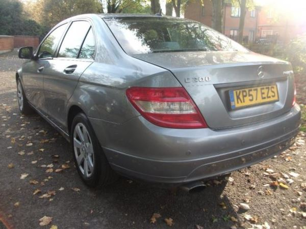 2007 (57) Mercedes-Benz C Class C200K SE 4dr Auto+IDEAL FAMILY CAR+12 MONTHS MOT+NATIONWIDE WARRANTY For Sale In Leicester, Leicestershire
