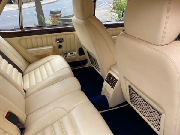 1998 (R) Bentley Brooklands R 4dr MULLINER For Sale In Waltham Abbey, Essex