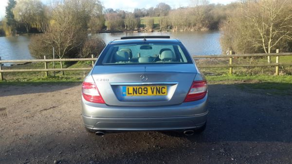 2009 (09) Mercedes-Benz C Class C280 Elegance 4dr Auto For Sale In Waltham Abbey, Essex