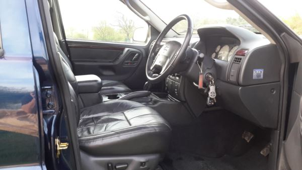 2005 (54) Jeep GRAND CHEROKEE LIMITED 4x4 For Sale In Waltham Abbey, Essex