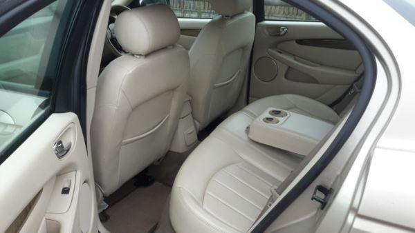 2003 (53) Jaguar X-Type 2.5 V6 SE 4dr Auto all wheel drive 4x4 For Sale In Waltham Abbey, Essex
