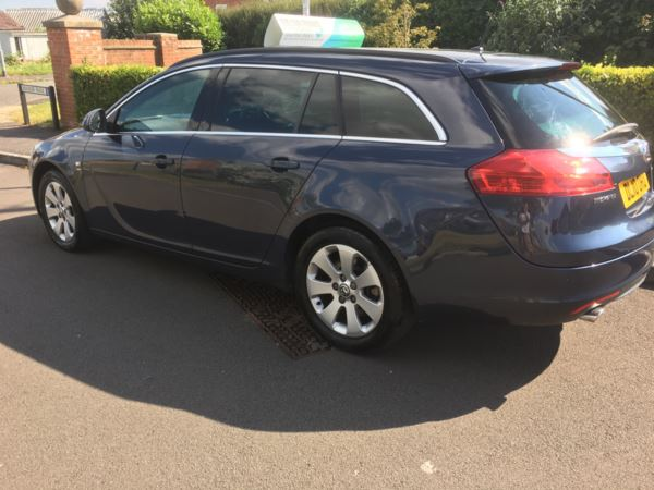 2010 (10) Vauxhall Insignia 2.0 CDTi [160] SRi 5dr Auto estate For Sale In Bridgwater, Somerset