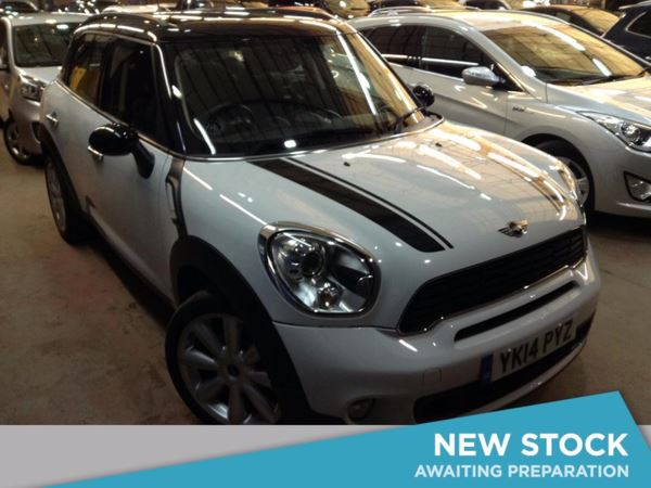 (2014) MINI Countryman 2.0 Cooper S D 5dr - SUV 5 SEATS £4130 Of Extras - Satellite Navigation - Luxurious Leather - Bluetooth Connectivity