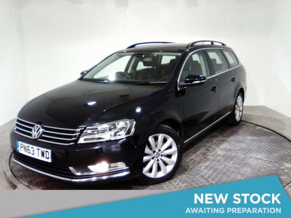 (2013) Volkswagen Passat 2.0 TDI Bluemotion Tech Highline 5dr £2040 Of Extras - Satellite Navigation - Bluetooth Connection - £30 Tax