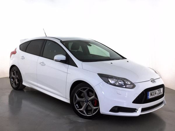 (2014) Ford Focus 2.0T ST-3 5dr £725 Of Extras - Luxurious Leather - Bluetooth Connection - DAB Radio