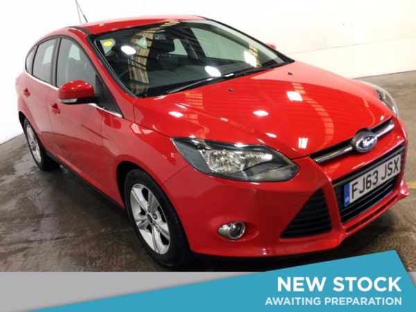 (2013) Ford Focus 2.0 TDCi Zetec 5dr Powershift Bluetooth Connection - DAB Radio - Aux MP3 Input - USB Connection - 6 Speed