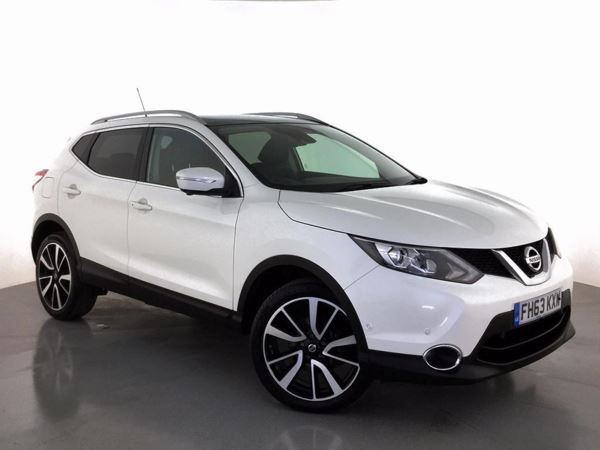 (2014) Nissan Qashqai 1.5 dCi Tekna 5dr Panoramic Roof - Bluetooth Connection - Zero Tax - DAB Radio - Rain Sensor