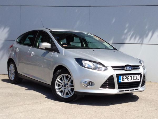 (2014) Ford Focus 1.6 TDCi 115 Titanium 5dr Bluetooth Connection - £20 Tax - DAB Radio - Aux MP3 Input - USB Connection